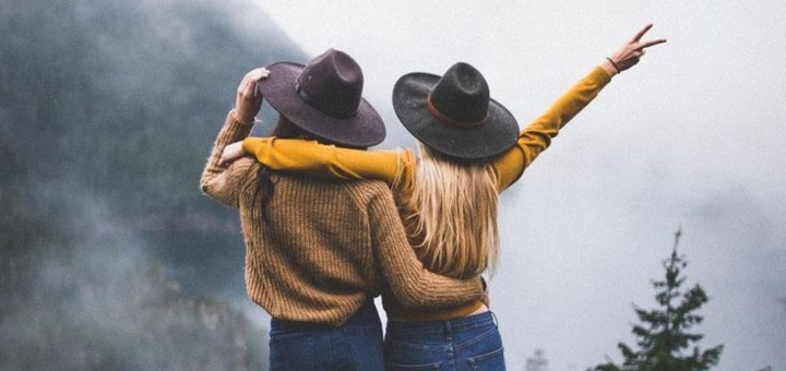 5 Things To Give Your Friend After Their Breakup